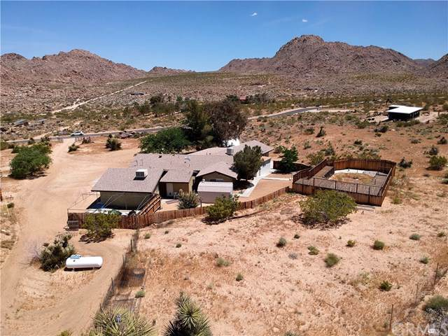7772 Quail Springs Road, Joshua Tree, CA 92252 (#JT19102978) :: The Laffins Real Estate Team