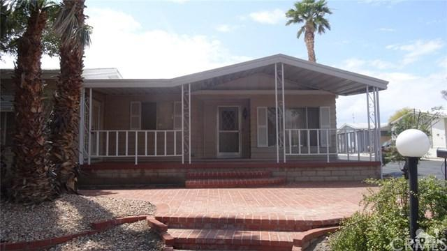 74711 Dillon Road #409, Desert Hot Springs, CA 92241 (#219013645DA) :: Brandon Hobbs Group