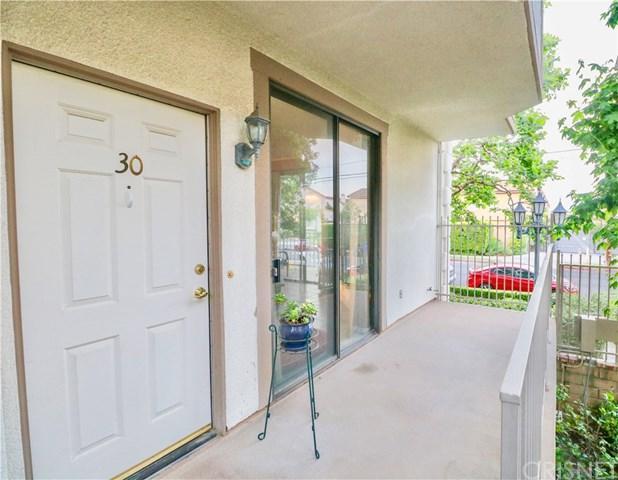 10229 Variel Avenue #30, Chatsworth, CA 91311 (#SR19112054) :: Mainstreet Realtors®