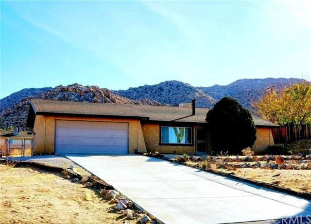 61133 Navajo, Joshua Tree, CA 92252 (#JT19113880) :: Steele Canyon Realty