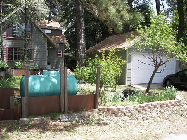 21640 Hilltop Lane, Cedarpines Park, CA 92322 (#EV19116696) :: Fred Sed Group