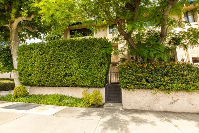 7137 Shoup Avenue #1, West Hills, CA 91307 (#SR19117202) :: Ardent Real Estate Group, Inc.
