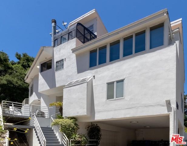 1201 N Beverly Glen, Los Angeles (City), CA 90077 (#19469084) :: PLG Estates