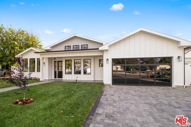 4949 Libbit Avenue, Encino, CA 91436 (#19467530) :: RE/MAX Masters