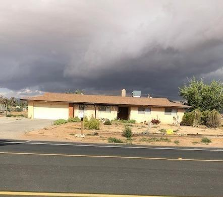15445 Dale Evans Parkway, Apple Valley, CA 92307 (#513533) :: Realty ONE Group Empire