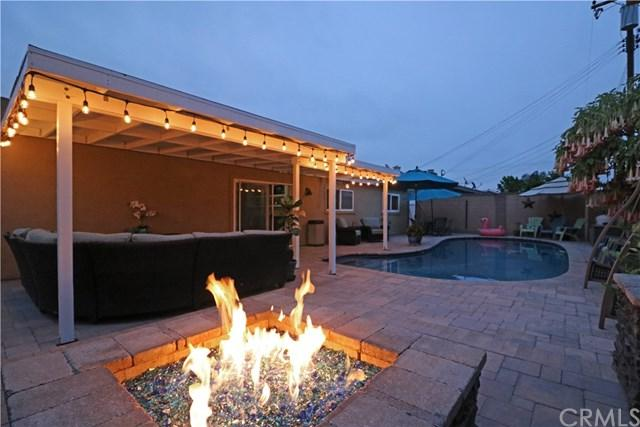 2408 E Jackson Avenue, Orange, CA 92867 (#PW19133130) :: Fred Sed Group