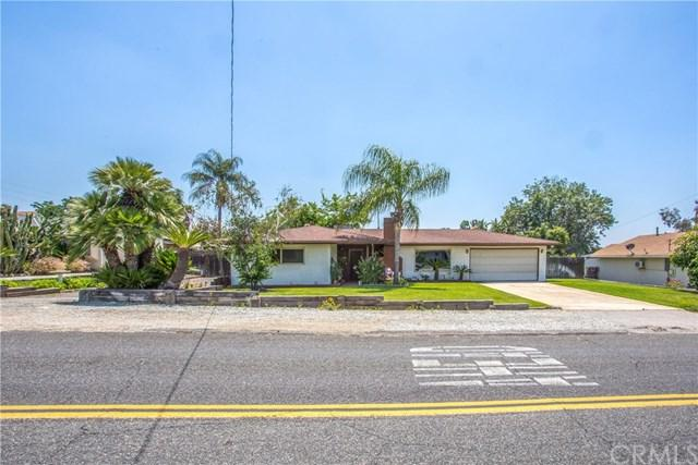 2064 Capri Avenue, Mentone, CA 92359 (#EV19125472) :: Bob Kelly Team
