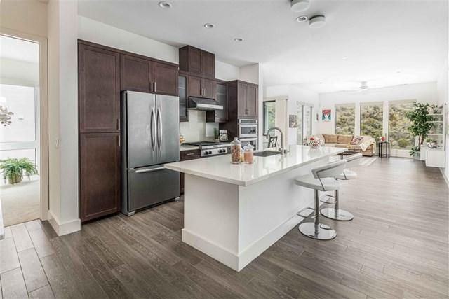 8363 Distinctive, Mission Valley, CA 92108 (#190031534) :: OnQu Realty