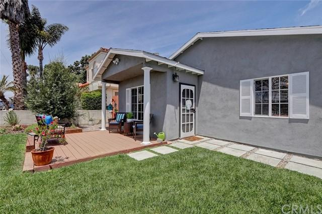 2421 Ruhland Avenue, Redondo Beach, CA 90278 (#SB19139340) :: Go Gabby