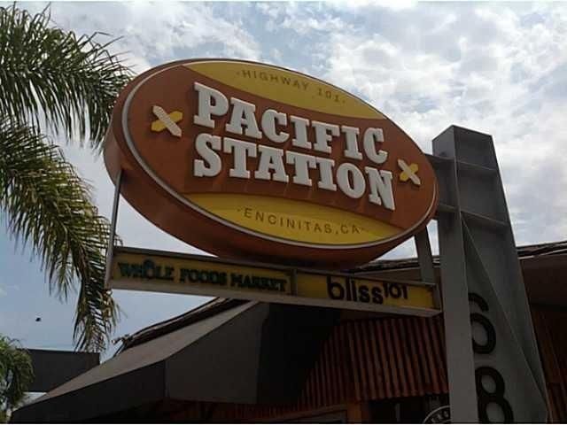 687 S Coast Highway 101 #301, Encinitas, CA 92024 (#190033646) :: eXp Realty of California Inc.