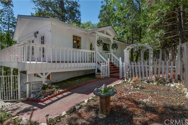 28975 Alder Terrace, Cedar Glen, CA 92321 (#EV19144933) :: Millman Team