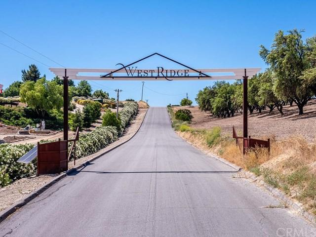 635 W Hollow Drive, Paso Robles, CA 93446 (#NS19145175) :: Fred Sed Group
