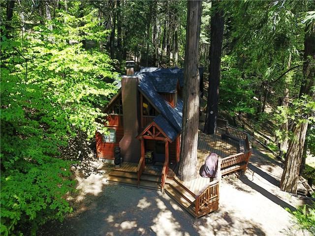 888 Cottage Grove Road, Lake Arrowhead, CA 92352 (#EV19147296) :: Millman Team