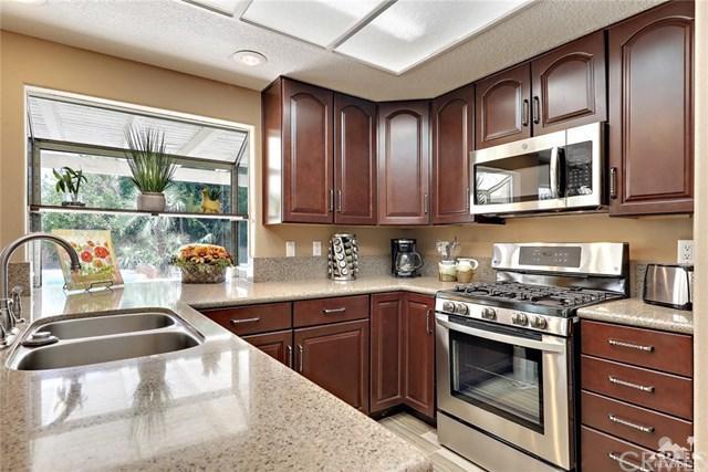44850 Seeley Drive, La Quinta, CA 92253 (#219017335DA) :: Berkshire Hathaway Home Services California Properties
