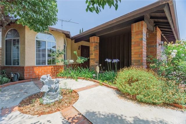 14927 Harvest Street, Mission Hills (San Fernando), CA 91345 (#SR19156309) :: Keller Williams Realty, LA Harbor
