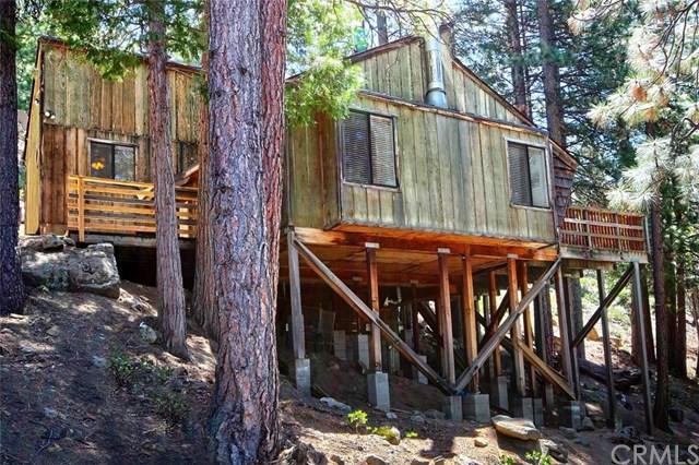7497 Yosemite Park Way, Yosemite, CA 95389 (#FR19159573) :: Fred Sed Group