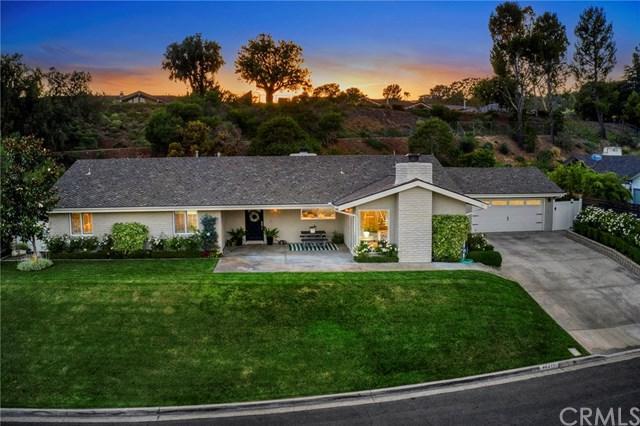 10411 Mira Vista Drive, North Tustin, CA 92705 (#PW19160434) :: Barnett Renderos