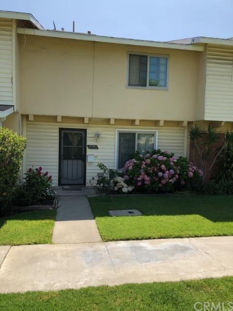 15951 Robson Court, Fountain Valley, CA 92708 (#OC19162177) :: RE/MAX Masters
