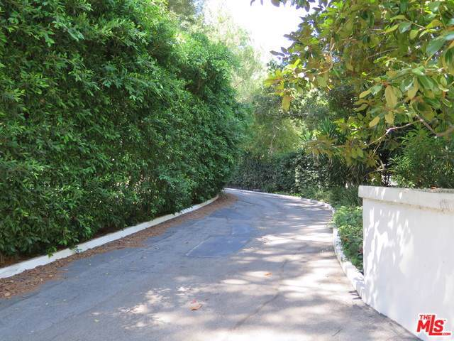 1195 Tower Grove Drive - Photo 1