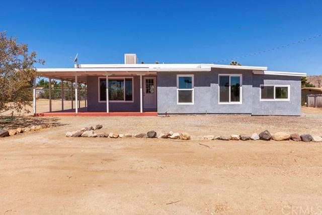 7438 Joshua View Drive, Yucca Valley, CA 92284 (#JT19165226) :: The Darryl and JJ Jones Team