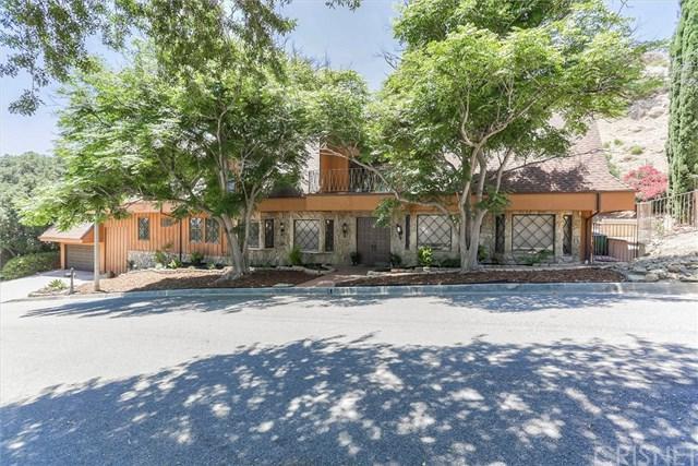 22860 Trigger Street, Chatsworth, CA 91311 (#SR19165296) :: Fred Sed Group