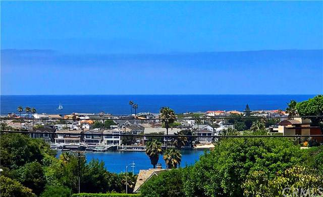 428 Carnation Avenue #3, Corona Del Mar, CA 92625 (#NP19167798) :: McKee Real Estate Group Powered By Realty Masters & Associates