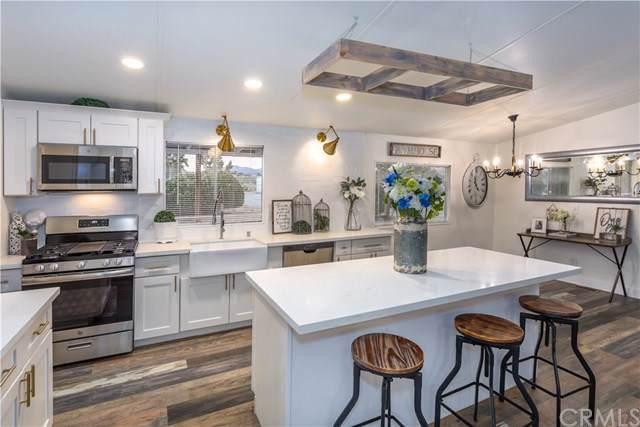1525 Sierra Road, Pinon Hills, CA 92372 (#OC19168384) :: Provident Real Estate