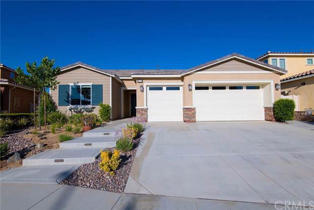 1688 Garland Way, Beaumont, CA 92223 (#IG19148353) :: A G Amaya Group Real Estate