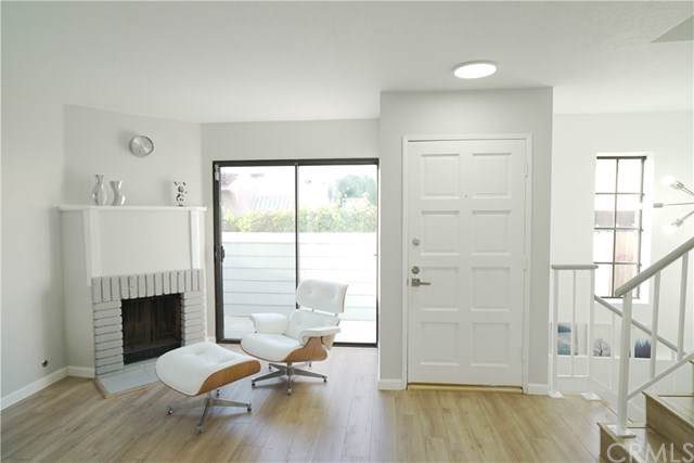 630 N Wilson Avenue #1, Pasadena, CA 91106 (#CV19170219) :: Fred Sed Group