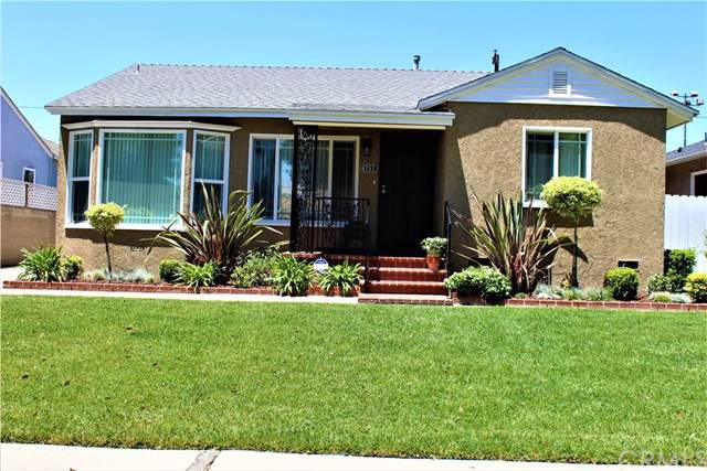 4757 Fidler Avenue, Long Beach, CA 90808 (#PW19170931) :: The Marelly Group | Compass