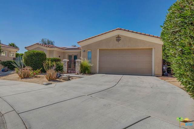 74144 Chinook Circle, Palm Desert, CA 92211 (#19490458PS) :: Fred Sed Group
