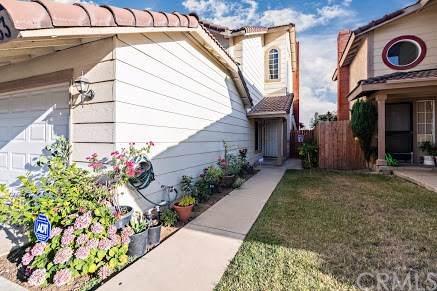 23433 Woodlander Way, Moreno Valley, CA 92557 (#IV19172964) :: Z Team OC Real Estate