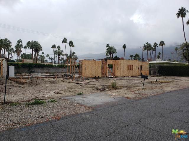 979 E San Lorenzo Road, Palm Springs, CA 92264 (#19491292PS) :: eXp Realty of California Inc.