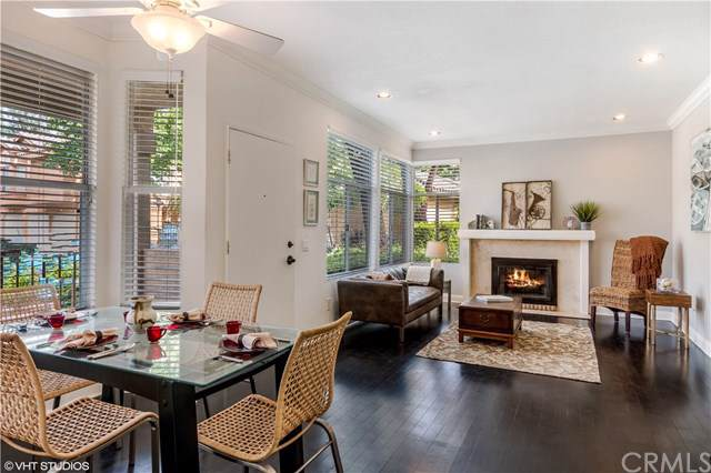 19431 Rue De Valore 14A, Lake Forest, CA 92610 (#LG19175910) :: Doherty Real Estate Group