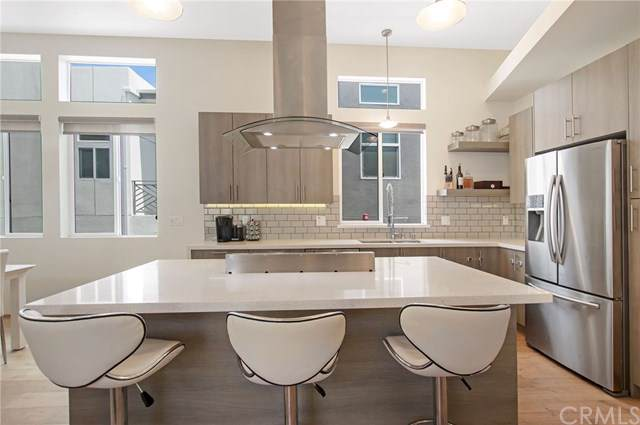 2518 Nelson Avenue C, Redondo Beach, CA 90278 (#SB19176766) :: Allison James Estates and Homes