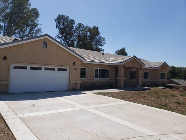 5419 Mitchell Avenue, Riverside, CA 92505 (#SW19180508) :: California Realty Experts