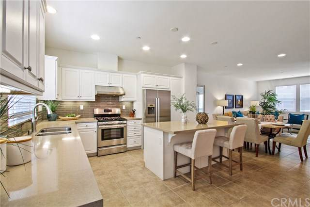 11 Weiss Drive, South El Monte, CA 91733 (#TR19189164) :: Rogers Realty Group/Berkshire Hathaway HomeServices California Properties