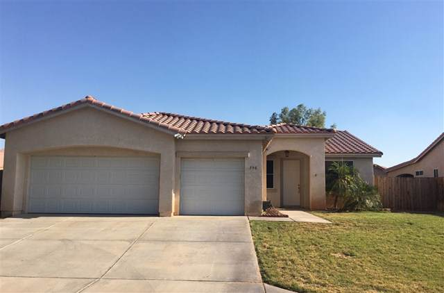 590 Tamarisk St, Imperial, CA 92251 (#190044720) :: Rogers Realty Group/Berkshire Hathaway HomeServices California Properties