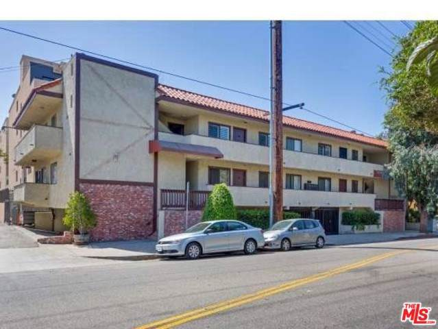 11574 Ohio Avenue #204, Los Angeles (City), CA 90025 (#19500958) :: Veléz & Associates