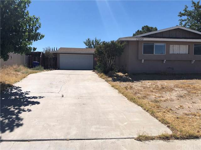 15900 La Verida Dr, Victorville, CA 92395 (#IV19197296) :: Rogers Realty Group/Berkshire Hathaway HomeServices California Properties