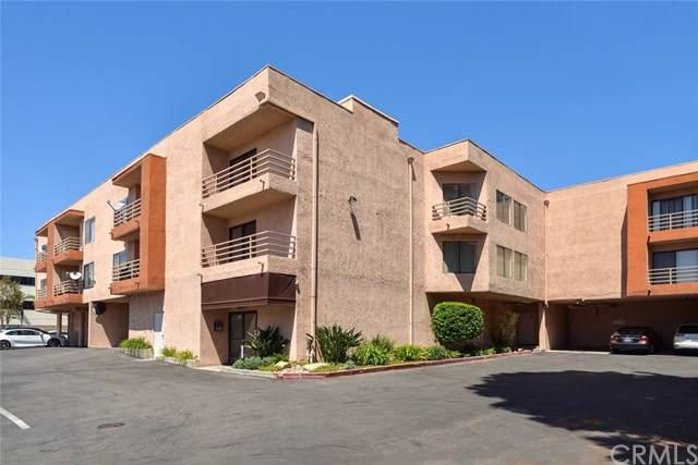 6815 Remmet Avenue #301, Canoga Park, CA 91303 (#IV19197553) :: The Miller Group