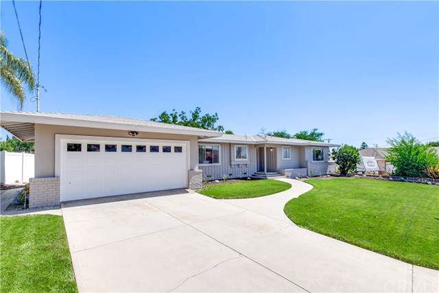 11712 Peach Tree Circle, Yucaipa, CA 92399 (#WS19198250) :: The Miller Group