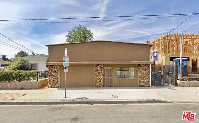 6041 E Cleon Avenue, North Hollywood, CA 91606 (#19501506) :: Rogers Realty Group/Berkshire Hathaway HomeServices California Properties