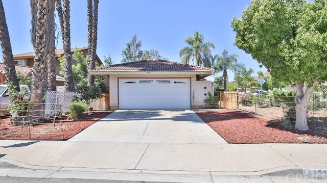 13753 Caspian Way, Moreno Valley, CA 92553 (#PW19199376) :: Veléz & Associates