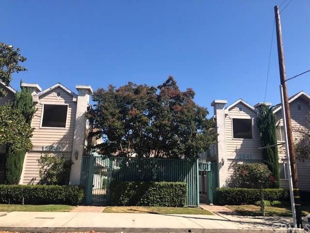 12841 Woodbridge St. # 15, Studio City, CA 91604 (#BB19199496) :: Rogers Realty Group/Berkshire Hathaway HomeServices California Properties