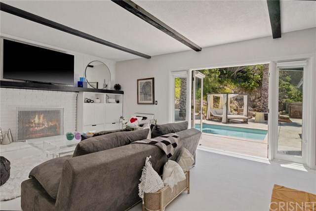 22642 Avenue San Luis, Woodland Hills, CA 91364 (#SR19202351) :: Rogers Realty Group/Berkshire Hathaway HomeServices California Properties