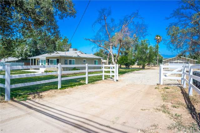 1019 5th Street, Norco, CA 92860 (#IG19201743) :: RE/MAX Estate Properties