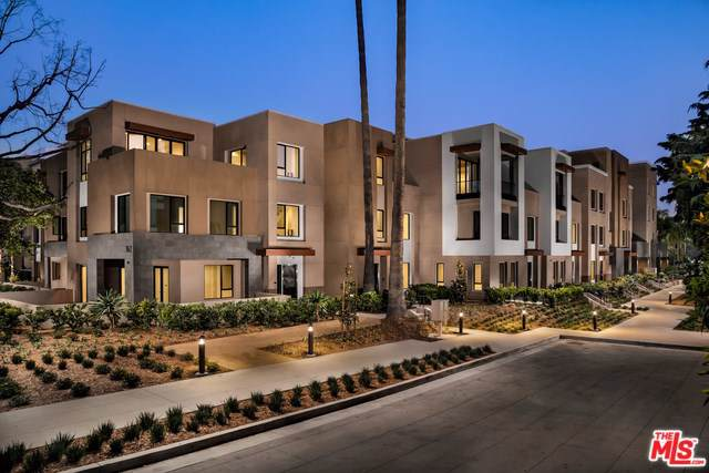 330 W Green Street #106, Pasadena, CA 91105 (#19503676) :: The Brad Korb Real Estate Group