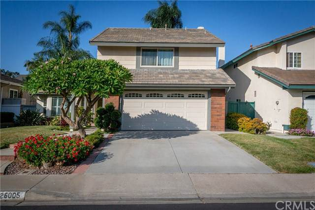 26005 Fallbrook, Lake Forest, CA 92630 (#OC19203689) :: Doherty Real Estate Group