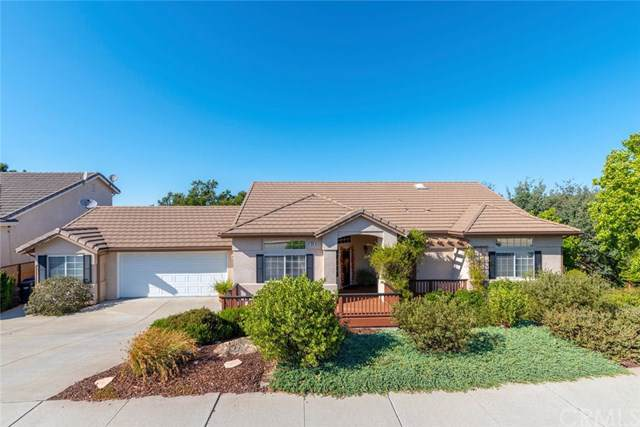 828 Saint Andrews Circle, Paso Robles, CA 93446 (#SP19204206) :: Sperry Residential Group